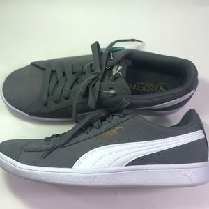 Puma Shoes - Puma gray suede sneakers size 7, NWT